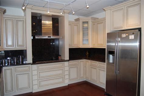antiquing kitchen cabinets with paint pictures painted kitchen cabinets home design roosa 7496