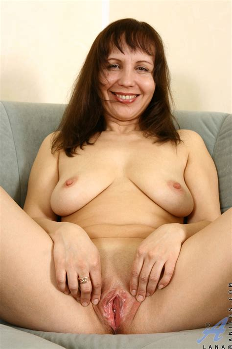 Mature Woman With Juicy Shaved Pussy Takes Off Her Black