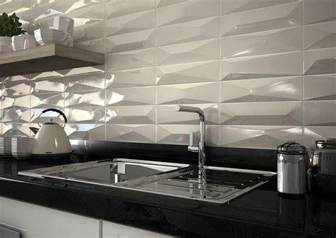 ceramica  relieve  dejar preciosas las paredes de