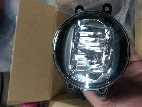 replacing gs350 4g standard fog lights with led club