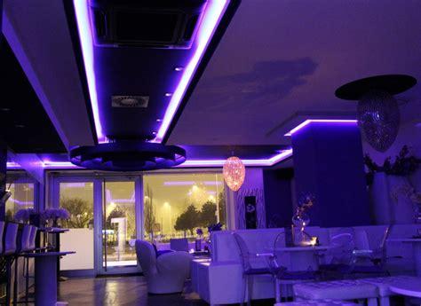 canape bar canape violet bar