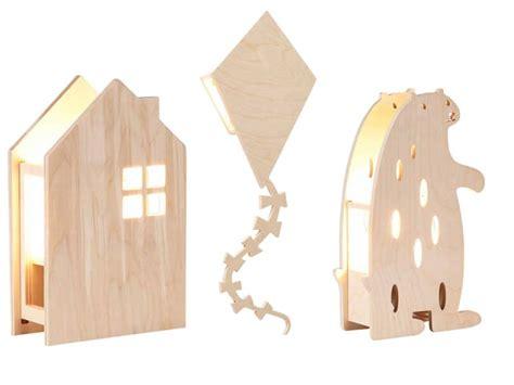 de houten kindermeubels van het merk miniwoo matchen