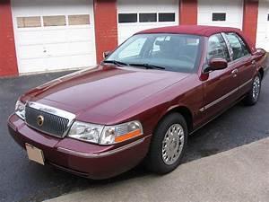 2004 Mercury Grand Marquis For Sale  2072032