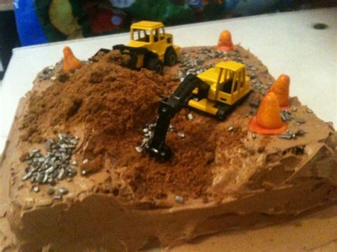Construction Cake Decorations by Pin Construction Site Cake Decorations Childrens Cake On