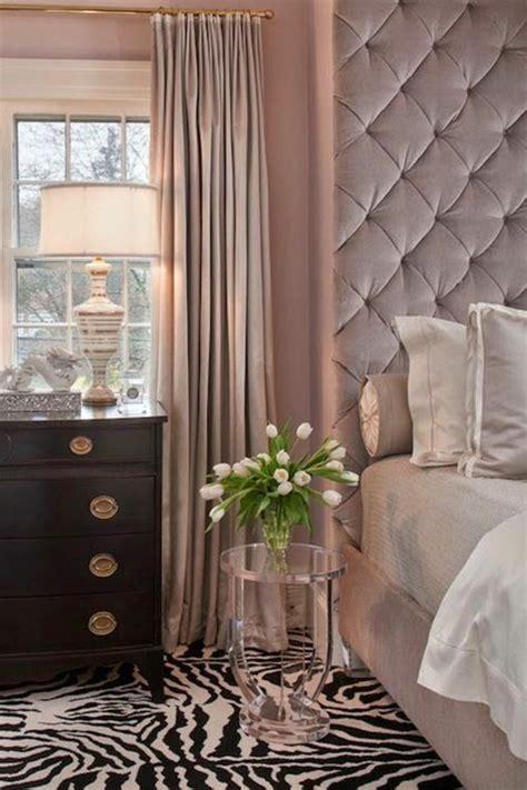les meilleures variantes de lit capitonne dans  images