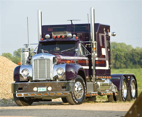 mack volvo trucks 1959 mack b61 custom rig nexttruck blog industry news