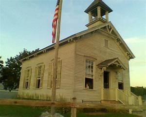 1800's school house.   School Daze (with abandoned schools ...