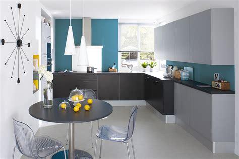 cuisine bleu petrole une déferlante de bleu dans la déco maison créative