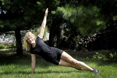 grand blanc woman  start outdoor fitness bootcamp