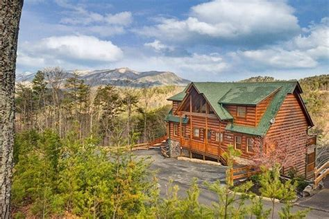 amazing views cabin rentals 6 large cabins in gatlinburg and pigeon forge for your