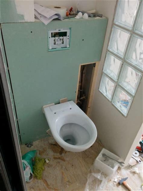 casier bouteille cuisine integree installation toilette suspendu dootdadoo com idées de conception sont intéressants à votre décor