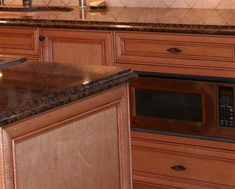 pictures of kitchen island kitchen countertop gorgeous kitchens 4213