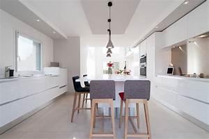 cuisine design finition extreme blanc modele sigma par With exceptional idee deco jardin contemporain 5 dilemme deco saloncuisine ouverte