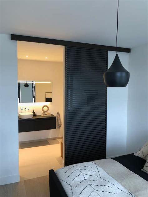 luxe schuifdeur tussen slaapkamer en badkamer rimadesio