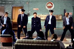 The Full Monty [Film Review] | Of Musings and Wonderings