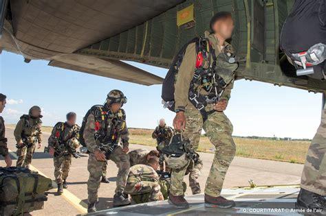 Test Armée De Terre Vincennes by L Arm 233 E De Terre Les Forces Sp 233 Ciales Et Le Gign Sautent