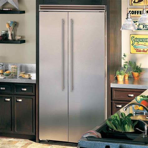 "Professional BuiltIn 42"" Side by Side Refrigerator Freezer"