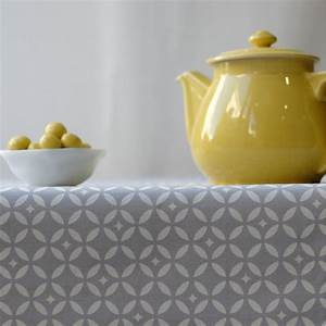 Nappe Ovale Enduite : nappe enduite ronde ou ovale mosa que gris blanc ~ Teatrodelosmanantiales.com Idées de Décoration