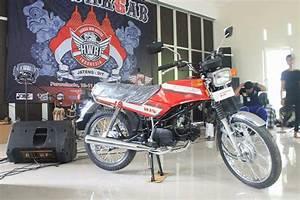 Restorasi Honda Win 1984       Kinclong Poll