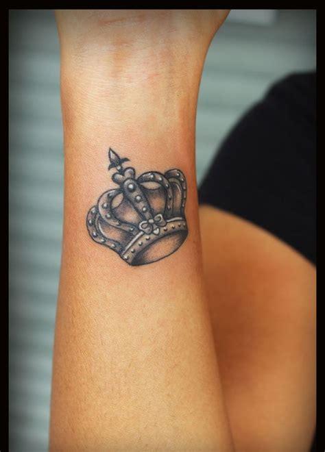 tatuajes de coronas de rey tatuajes tattoos