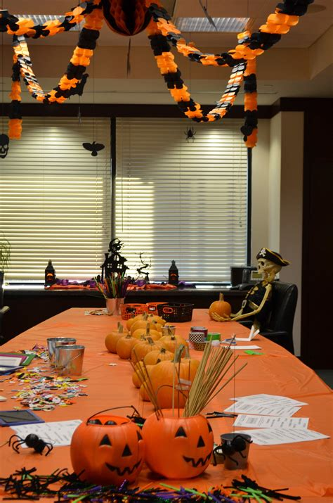 Halloween Decorations For An Office By #kidsposhparties
