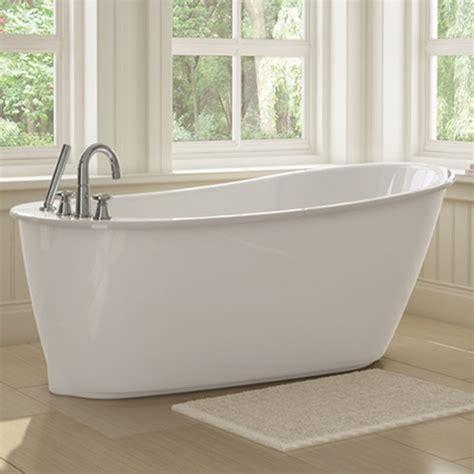 sax freestanding soaker tub wwhite apron  maax