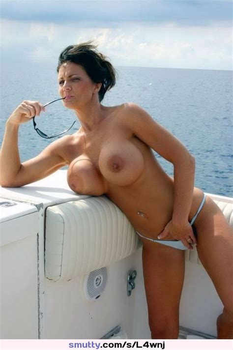 Cougar Milf On Vacation Sex Porn Images