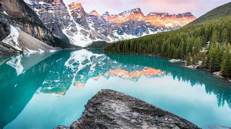 wallpaper moraine lake banff canada mountains forest