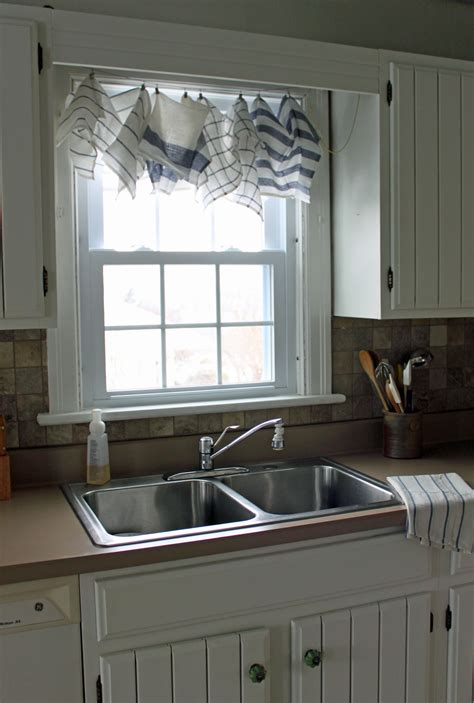 Kitchen Curtain Ideas Above Sink by Kitchen Exciting Arranged Napkin For Kitchen Curtain
