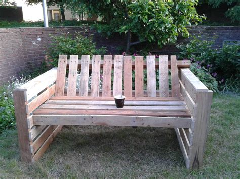 diy outdoor pallet furniture plans relax pallet garden sofa 1001 pallets 47242