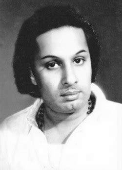 துாசி தட்டப்படும் எம்.ஜி.ஆரின் பிரசார வேன்...விஜயகாந்தின்