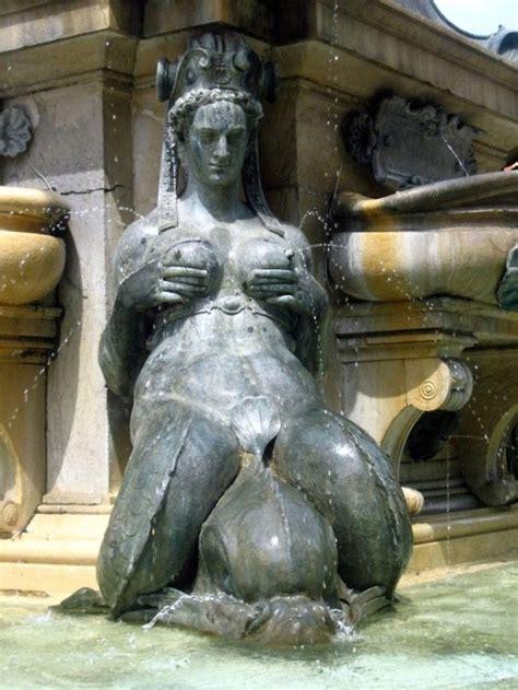 statues  tumblr
