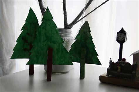 Easy Ribbon Christmas Tree Craft