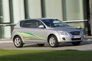 Kia Paris : kia cee 39 d hybrid coming in paris picture top speed ~ Gottalentnigeria.com Avis de Voitures