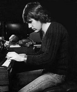 Keith Emerson – A Pioneer of Progressive Rock – Cryptic Rock