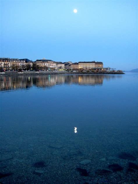 Houseboat Zurich by Lago Neuchatel Entre Lausanne Y Berna Vacaciones En