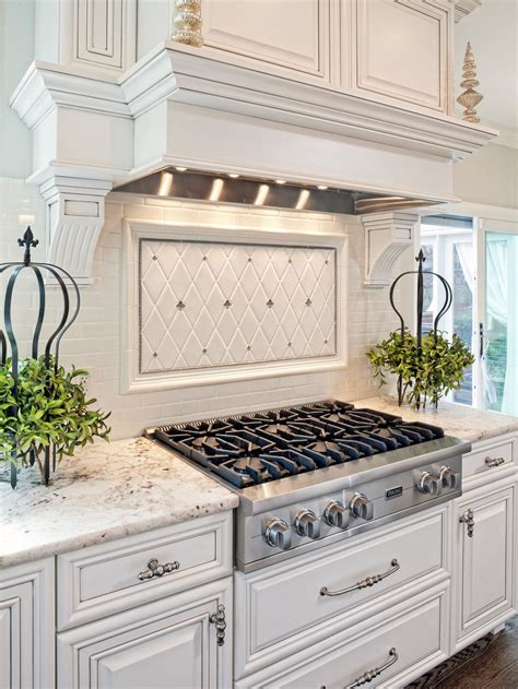 traditional kitchen backsplash ideas 21 spotless white traditional kitchen designs godfather