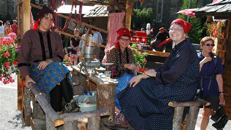 45 jaar getrouwd kado maken colourful rebel sale