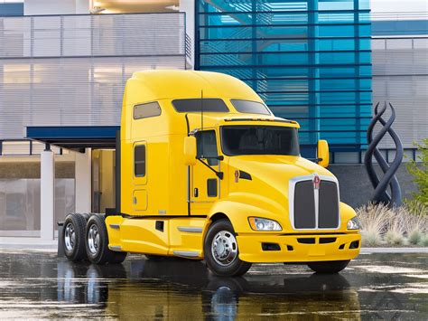 White Truck Wallpaper by Kenworth Wallpapers Wallpaper Cave