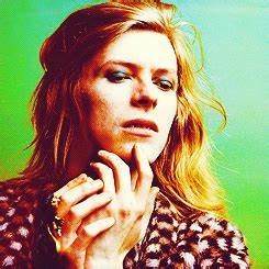 Super Seventies — David Bowie 'Hunky Dory' photoshoot by ...