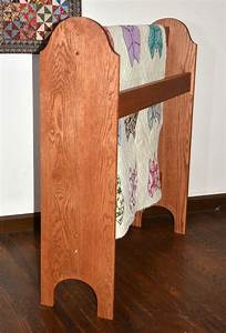 Wooden Quilt Stands & Custom Quilt Display Racks DWR