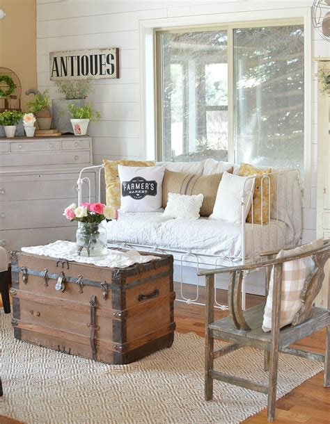 Decorating Farmhouse Style On A Budget  Review Home Decor