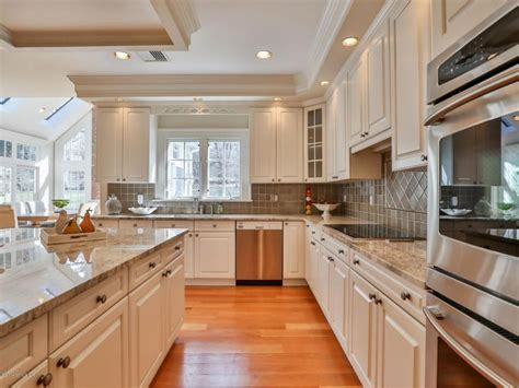 essential kitchen updates    selling  home