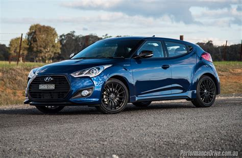 2016 Hyundai Veloster Street Turbo Review (video