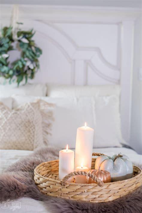 Bedroom Decor Ideas Easy by Cozy Easy Fall Bedroom Decorating Ideas