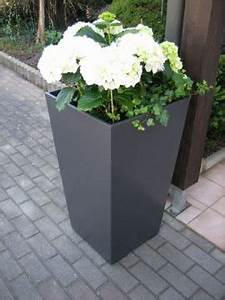 Pflanzkübel Beton Hoch : blumenk bel beton trapez ~ Whattoseeinmadrid.com Haus und Dekorationen