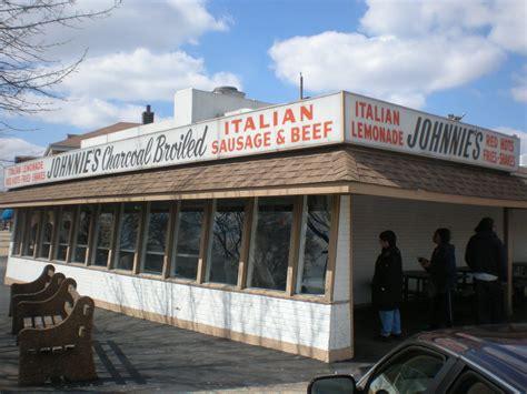 beef chicago sandwich famous elmwood park italian johnnie restaurants johnnies illinois alton says il located serve afar