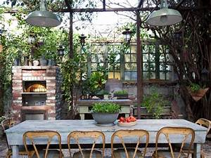 Outdoor Living Spaces: Ideas for Outdoor Rooms HGTV