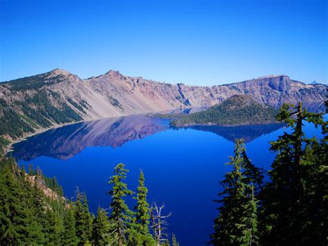 Crater Lake Boat Rental by 21 Of America S Most Magnificent Lake Retreat Escapes