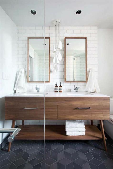le miroir salle de bain element cle de la decoration